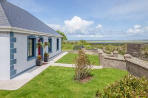 Wild Atlantic Way Cottage view